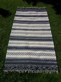 Luovat kädet: Ruusukas ohje Picnic Blanket, Outdoor Blanket, Recycled Fabric, Woven Rug, Hand Weaving, Recycling, Textiles, Rugs, Iso