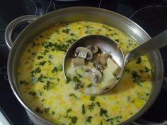 Самый вкусный грибной сливочный суп ! Сочетание сливок, плавленого сыра и грибов — так вкусно, просто пальчики оближешь Ингредиенты: шампиньоны — 200 грамм; картошка — 2 штуки; сливки (можно молоко) — 100 грамм; морковка — 1 штука; сырок плавленый — 70-100 грамм; лук репчатый — 1 штука; укроп — 1 пучок; соль — по вкусу;перец — по вкусу; растительное масло для жарки. Самый вкусный грибной сливочный суп. Пошаговый рецептЧтобы готовить грибной сливочный суп, сначала необходимо вскипятить в…