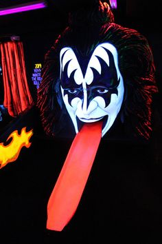 Kiss Mini Golf has successfully relocated from its previous off-Strip location to Rio Las Vegas, in the former seafood buffet space.