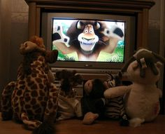 How to put together an awesome family movie night