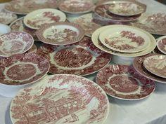 Pink Plates, Willow Pattern, Nautical Design, Blue China, Food, Blue Chinaware, Essen, Meals, Yemek