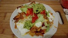 Nachos mexicana at home White Cheddar, Fresh Coriander, How To Can Tomatoes, Side Plates, Cottage Cheese, Tortilla Chips, Nachos, Cravings, Cooking Recipes
