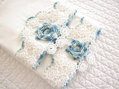 """"""" (via Pair of Hand Crocheted Vintage Standard Pillowcases, Set of Two Varig…) """" Crochet Towel, Crochet Quilt, Crochet Motif, Hand Crochet, Crochet Patterns, Crochet Pillow Cases, Crochet Beanie Pattern, Linens And Lace, Lace Knitting"""