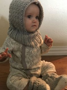 b8662f7bfde Hooded Cowl Baby Cowl Baby Hooded Cowl by KnitKnotKreations Capuche  Écharpe