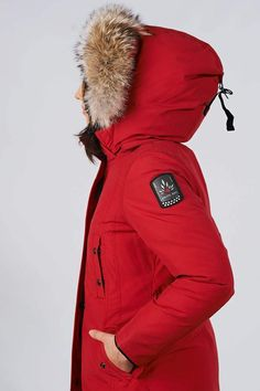 Women's winter down coat, 725 fill power. Arctic Bay - Made in Canada. Parka Canada, Canada Goose Jackets, Down Parka, Down Coat, Long Weave, Do It Yourself Wedding, Womens Parka, Winter Jackets Women, Jackets