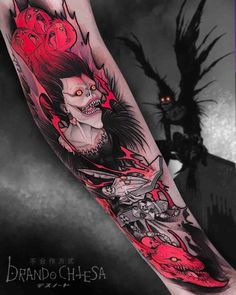 Death Note Tattoo with Ryuk!⁣ Looks creepy but dope! Dope Tattoos, Badass Tattoos, Unique Tattoos, Body Art Tattoos, Sleeve Tattoos, Tatoos, Circle Tattoos, Hand Tattoos, Fish Tattoos