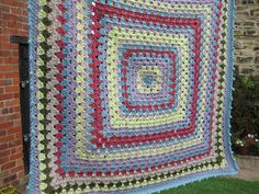 Vintage baby blanket by Apples-and-Pears, via Flickr