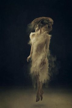 Experimental Photography Creative self-portraits by Amelia Fletcher, a photographer from North Carolina, USA. via: WE AND THE COLORFacebook//Twitter//Google+//Pinterest