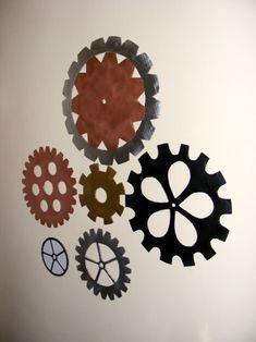 Gear Wall Decorations DIY ... http://overthecrescentmoon.blogspot.com/2010/07/gear-wall-decorations.html