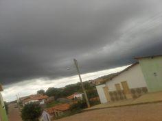 O dia amanheceu assim, em São João do Piauí.