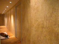 finitura piccolo rilievo su parete continua e porte