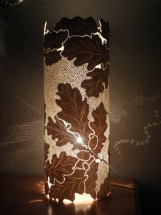 Oak Leaves and Acorns Table Lamp. Handmade with recycled PVC pipe. Pvc Pipe Crafts, Pvc Pipe Projects, Pipe Lighting, Cool Lighting, Craft Show Booths, Handmade Lamps, Creation Deco, Light Crafts, Pipe Lamp