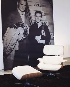 Mrs. and Mrs. Eames  two bright minds  @eamesoffice  #arq #showroom #pepecabrera #pepecabrerastudio #denia #design #interiordesign #architecture #inspiration #arquitectura #decor #designer #homedecor #style #home #decoracion #vsco #interiorismo #vscocam #archilovers #uberkreative #myoklatyle #dinesen #styling #furniture #igersvalencia #styleatmine