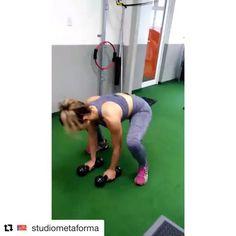 Uma surra nas endorfinas para dar um oi ao final de semana que está chegando 💪💪 #Repost @studiometaforma with @repostapp ・・・ Força, Foco, Fé 👊🏻💦. #treino #treine #studiometaforma #energia #funcional #treinamentofuncional #fit #fitness #gym #healthy #saude #pratique #movimento #esporte #exercise #vivaemforma #instafit #instagood #instagram #30tododia #inspira 🙅.