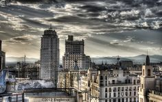 Torre de Madrid desde Hotel Vincci by Pogdorica, via Flickr
