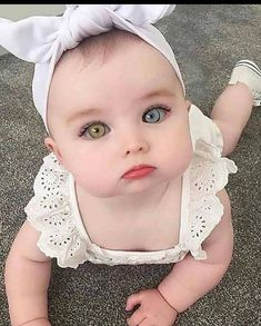 Cute Little Baby, Baby Kind, Pretty Baby, Little Babies, Baby Love, Cute Kids Pics, Cute Baby Girl Pictures, Baby Girl Images, Beautiful Children
