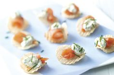Smoked salmon chips