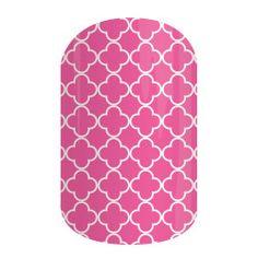 Rosy Quatrefoil | Jamberry Nails