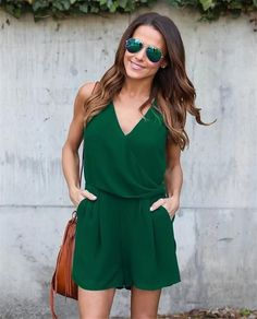 Short Casual Style Jumpsuit with V-Neck and Sleeveless,