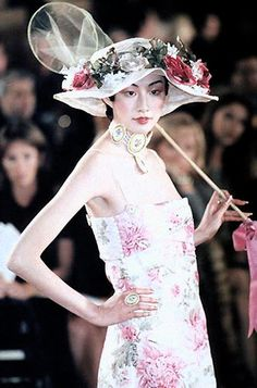 stopdropandvogue:  Christian Dior Spring/Summer 1998 Haute Couture