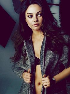 Mila Kunis = one of the prettiest girls EVER