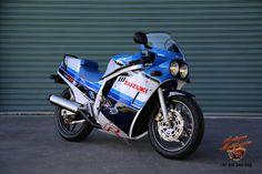 1985 Suzuki GSXR 750 f45rs WM Suzuki Superbike, Suzuki Gsx R 750, Antique Motorcycles, Triumph Motorcycles, Gsxr 1100, Custom Street Bikes, Ride 2, Suzuki Motorcycle, Hot Bikes