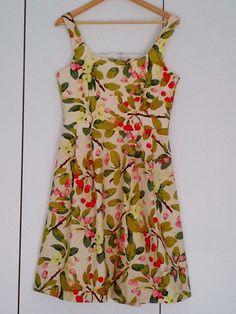 Cape Pincushion: Dress made with Martha Negley Crabapple Path fabric (New Look 6776 pattern)