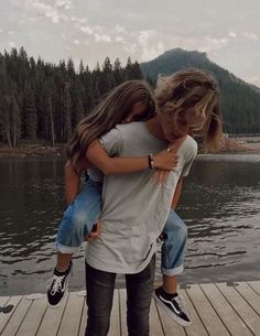 Cute couples goals, couple goals, bff pictures, cute photos, wanting a boyfriend Cute Couples Photos, Cute Couple Pictures, Cute Couples Goals, Couple Photos, Cute Love Photos, Cute Couple Things, Cute Boyfriend Pictures, Couple In Car, Funny Couple Poses