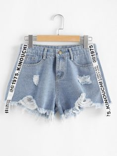 Shop Plus Letter Ribbon Raw Hem Ripped Denim Shorts online. SheIn offers Plus Letter Ribbon Raw Hem Ripped Denim Shorts & more to fit your fashionable needs. Girls Fashion Clothes, Teen Fashion Outfits, Clothes For Women, Denim Decor, Jugend Mode Outfits, Printed Denim, Cute Casual Outfits, Casual Wear, Denim Shorts