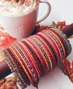Source by Husieee Bridal Bangles, Bridal Jewelry, Gold Jewelry, Jewelry Rings, Jewelry Accessories, Chuda Bangles, Thread Bangles Design, Antique Jewellery Designs, Silk Thread Bangles