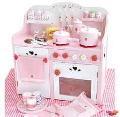 Diy wood baby toys play kitchens 56 ideas for 2019 Play Kitchen Sets, Toy Kitchen, Play Kitchens, Barbie Furniture, Kids Furniture, Kids Wooden Kitchen, Educational Baby Toys, Wooden Playhouse, Wood Toys