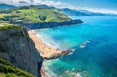 Lees tips en ervaringen over Baskenland & Cantabrië in Spanje. Met informatie over de bezienswaardigheden, steden als Bilbao en San Sebastian en de stranden