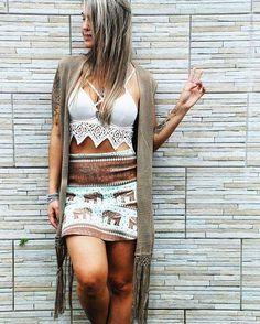 😱😱 Top boho divoooo chegando na Sto.Daime!!! R$89,00 + Colete de Crochê com franjas R$89,00 😍😍😍❤👏👌✌🔸www.stodaimestore.com.br🔸 #peace #psychedelic #LOVESTODAIME #goodvibes #reggae #style #peaceandlove #indian #cannabis #boho #bohostyle #hippie #hippiechic #surf #surfstyle #beach #soul #gypsy #sun #summer #om #tattoo #ethnic #tee