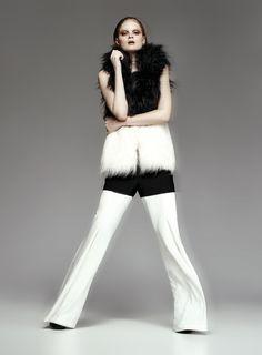 Novos Tempos - Notícia - Dia-a-Dia Revista Ideias Fashion, Editorial, Pants, Closet, Season Change, Fashion Editorials, Good Ideas, Trouser Pants, Armoire