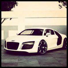 Angelic Audi R8! white dream!
