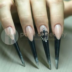 """Nail technique """"step by step"""" : Stiletto """"Queen of the night"""" Stiletto Shaped Nails, Prevent Bloating, Nail Techniques, Cute Nail Art Designs, High Fiber Foods, Free Day, How To Eat Less, How To Slim Down, How To Do Nails"""