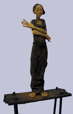 made by: Dirk de Keyzer - Ceramic sculpture