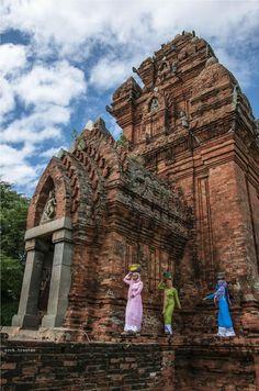 vietnam , danang city , trungviet kingdom , autonomous region champa