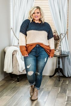 Curvy Fall Stripes, Navy/Beige Plus Size Sweater – Glitzy Girlz Boutique Business Casual Outfits For Women, Trendy Fall Outfits, Fall Fashion Outfits, Fall Fashion Trends, Mode Outfits, Autumn Fashion, Women's Fall Fashion, Fashion Bloggers, Style Fashion