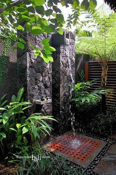 Outdoor shower could be a superb upgrade for your backyard and a great way to enhance your outdoor experience. The outdoor shower will surely provide you Outdoor Baths, Outdoor Bathrooms, Outdoor Rooms, Outdoor Gardens, Outdoor Living, Outdoor Decor, Luxury Bathrooms, Modern Bathrooms, Rustic Outdoor