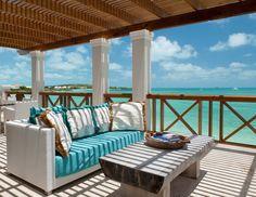 Beach patio/terrace paradise - House of Turquoise.