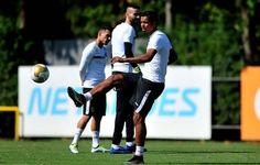 """David Braz dá dicas para Lucas Lima jogar final pelo Santos: """"Pé para cima""""  http://santosjogafutebolarte.comunidades.net/lojas"""