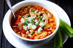 A quick , easy and delicious buffalo chicken chili recipe, topped with blue cheese and green onions. A definite crowd-pleaser! Chili Recipes, Soup Recipes, Chicken Recipes, Cooking Recipes, Healthy Recipes, Recipies, Ww Recipes, Dinner Recipes, Dinner Ideas