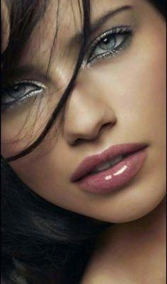 274ea96beb 70 mejores imágenes de Makeup Peïnados☆