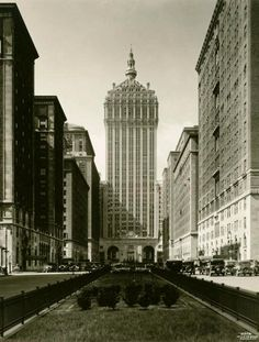 The Helmsley Building (orig. the New York Central Building) | 230 Park Avenue, New York City