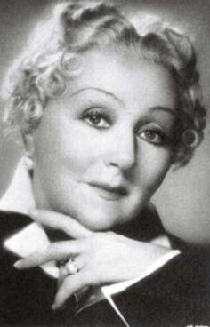 Mieczysława Ćwiklińska 1920 Women, Old Movie Stars, Amazon Prime Video, Old Movies, Polish Girls, Old Hollywood, Poland, Cinema, Beautiful Women