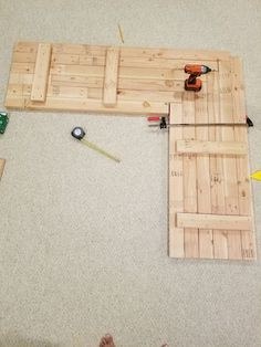 How to : DIY Build L shaped office desk using 2x4s,How to: Build DIY L shaped office desk using 2x4s..., #OfficeDesks #OfficeFurniture, #2x4s #Build #Desk #Diy #Office #OfficeDesks #shaped