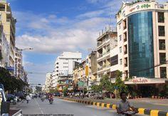 町並み引きの写真/歩き目線バージョン→カンボジアそのものと、彼女達の環境を伝える