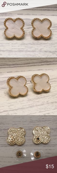 Clover stud earrings Clover stud earrings to bring you good luck all day!   Enamel clover  Gold stud earrings  Metal: Nickel, Rhodium plated  New in bag   Bundle discount  No trades  Smoke free, pet friendly home Jewelry Earrings
