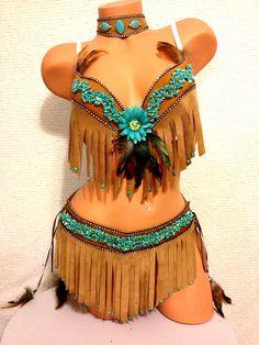 Pocahontas costume by Plurdolls on Etsy